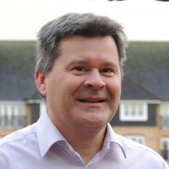 Andrew Beeson (website: YOUR EUSSER)